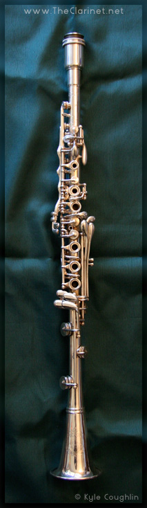 The Silva-Bet metal clarinet made by H. Bettoney.